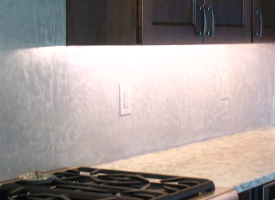 tadelakt backsplash